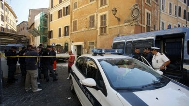 Colosseo, sgomberato palazzo occupato da Casapound: 16 arresti, c'è anche Di Stefano