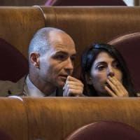 Roma 2024, il Consiglio dice no ai Giochi. Scintille in Aula. Scontro Raggi-Renzi