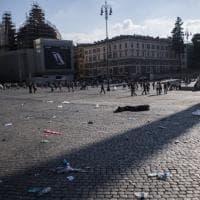 Roma, Piazza del Popolo: a 24 ore dalla manifestazione della Cgil è degrado