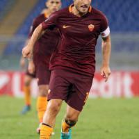 Roma, Totti ancora un record: a 40 anni nella top 11 dell'Europa League
