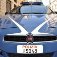 Roma, porta un'auto rubata dallo sfasciacarrozze e trova la Polstrada. Denunciato