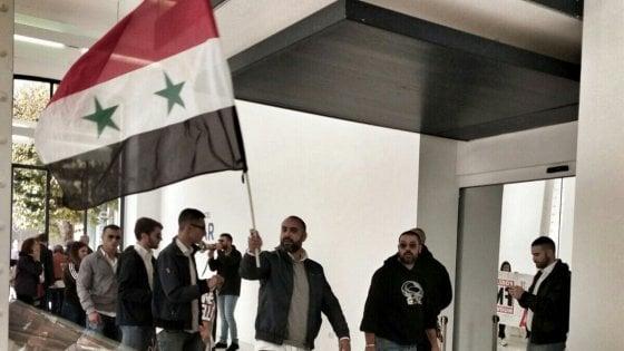 Roma, blitz pro Assad di Forza Nuova al Maxxi