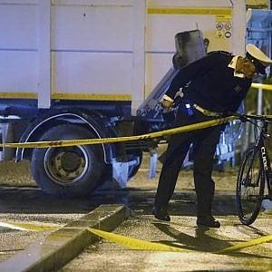 Roma, Magliana, ciclista travolto e ucciso da un furgone di un'impresa che lavora per Ama