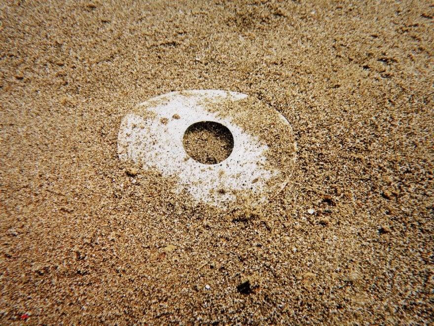 Ventotene, raccolti in mare 10 chili di rifiuti