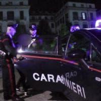 Roma, rissa con coltelli nel quartiere Prati: feriti due minorenni. A Pietralata pugnalato un uomo