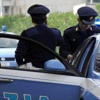 Roma, scippa una donna e dà un pugno all'amica che la difende: arrestato