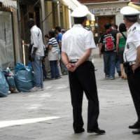 Roma, emergenza sicurezza. Raggi: