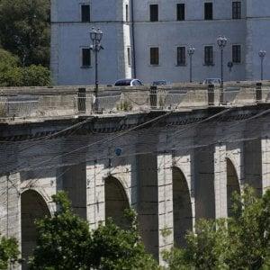"""Roma, paura crolli: """"Il ponte di Ariccia deve chiudere"""""""