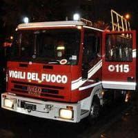 Roma, incendio in una palazzina a Corcolle. Morta una donna costretta a letto