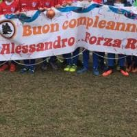 Bambino morto a Maccarese, gli amici lo ricordano sul campo da calcio