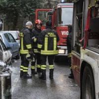 Roma, fiamme in appartamento a Ponte Milvio: anziana messa in salvo