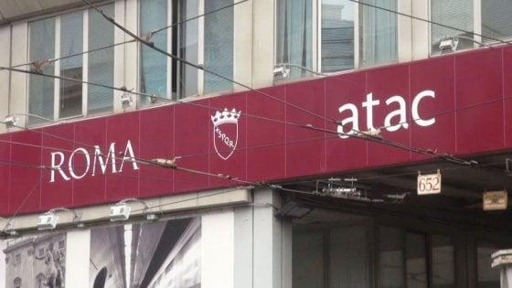 """Roma, record italiano di assenteismo in Atac. La gaffe di Meleo: """"E' l'azienda dei trasporti più grande"""""""