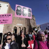 Nonunadimeno, a Roma il corteo contro la violenza sulle donne