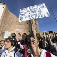 Roma,  il popolo del No in corteo: