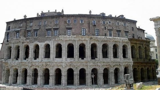 Roma, luci al Teatro di Marcello e lavori al Mercato di Traiano