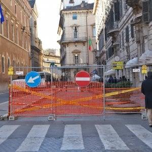 Roma, il cantiere infinito di piazza Venezia: chiuso al traffico tratto via del Plebiscito