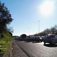 Traffico a Roma, code per incidenti sul Raccordo e sulla Pontina