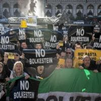 Roma, gli ambulanti in piazza contro la Bolkestein: