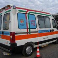 Roma, Monteverde, investita da un camioncino una 72enne. È grave