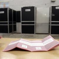 Referendum, alle 19 affluenza a Roma 55,86. Seggi aperti fino alle 23