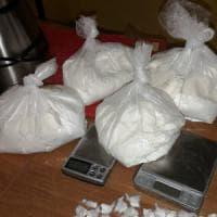 Frosinone, smantellata centrale della  droga nel 'casermone': oltre 50 arresti