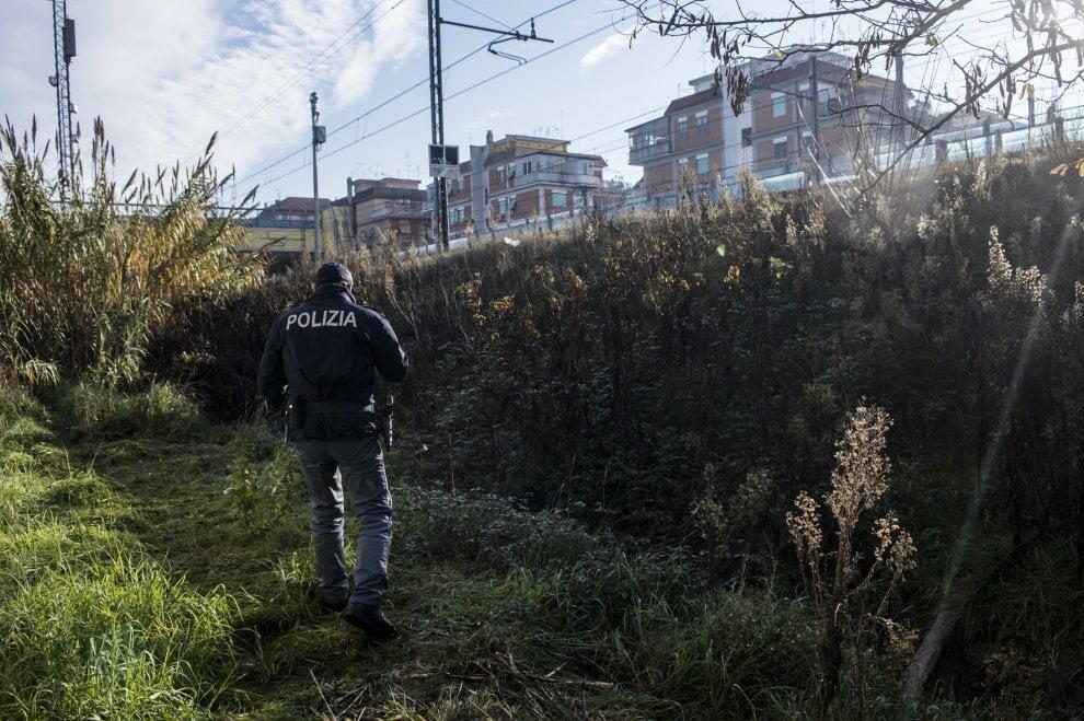 Roma, trovato vicino alla ferrovia il cadavere della cinese scomparsa