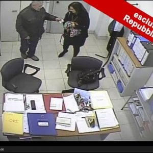 Mafia Capitale: appalti campi rom, 13 a giudizio