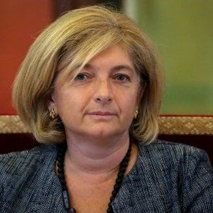 """Roma, si dimette l'assessora Muraro: """"Sono indagata, ma estranea ai fatti"""". Raggi accetta"""