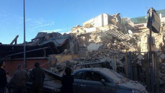 Crollata palazzina a Roma: quattro dispersi
