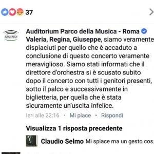 """""""Babbo Natale non esiste"""", a Roma è polemica sul direttore d'orchestra di uno spettacolo per bambini"""