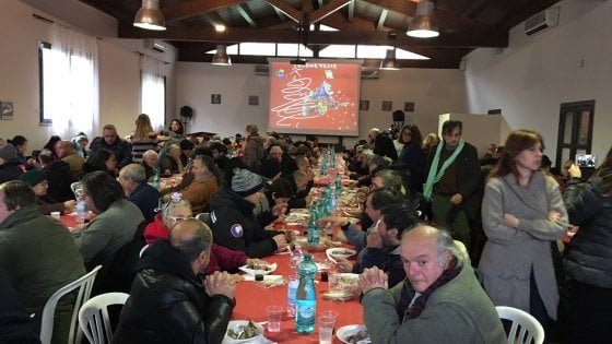 Roma, oltre 300 clochard al pranzo di Sant'Egidio per la Befana