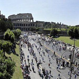 Roma, Fori pedonalizzati h24 la domenica e festivi