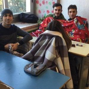 Roma, scuole al freddo: studenti Giulio Cesare occupano corso Trieste