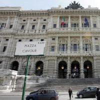 Roma, pestaggio piazza Cavour: sequestrati i cellulari di altri giovani