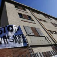 Roma, no a centro prima accoglienza migranti. Protesta davanti a Ferrhotel: