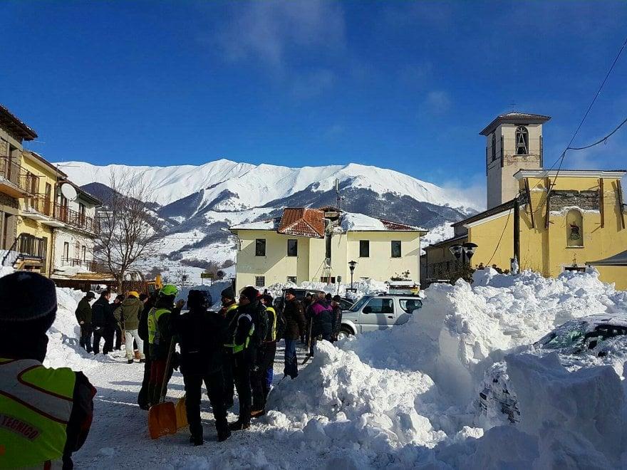ABRUZZO emergenza neve dopo il terremoto
