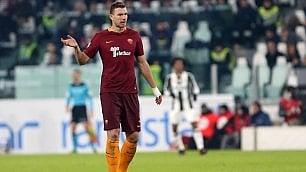 """Qui Roma   La gioia di Dzeko """"Allora non sono molle""""        Qui Lazio  I leader senza voglia E Inzaghi si arrabbia"""