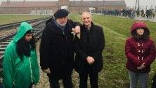 In anteprima il film    foto    di Guccini ad Auschwitz