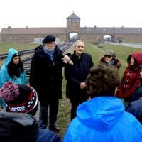 Roma, Guccini ad Auschwitz: il film in anteprima nazionale alla Camera dei Deputati