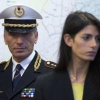 """Roma,  caso Marra: Raggi indagata per falso e abuso d'ufficio. """"Sono serena, pronta a dare..."""