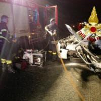Strage del sabato sera sulle strade del Lazio: morti 4 ragazzi a Guidonia e un motociclista a Roma