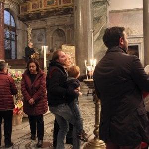 Roma, S.Egidio: centinaia senzatetto in chiesa contro l'indifferenza
