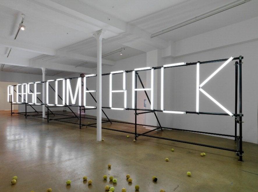 """Roma, """"Please come back"""": al Maxxi in mostra il mondo-prigione della società globalizzata"""
