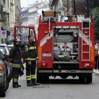 Roma, fiamme in appartamento sulla Tiburtina: due intossicati. Fuga di gas alla Balduina