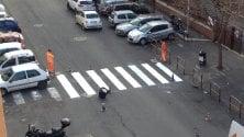 Auto parcheggiate strisce incomplete