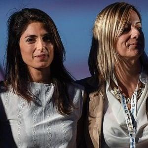 """M5s, Lombardi: """"Annullare la delibera per lo stadio a Tor di Valle"""". Interviene Grillo: """"Non decidono i parlamentari"""" e lei fa marcia indietro"""