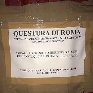 Roma, sigilli anche al Teatro dell'Orologio: manca l'uscita di sicurezza