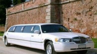Yacht, limousine con autista senza pagare condannato nipote presidente della Tunisia