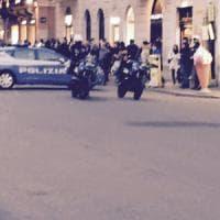 Roma, falso allarme bomba in via del Corso. Strada chiusa e poi riaperta al traffico