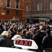 Taxi, rivolta a oltranza